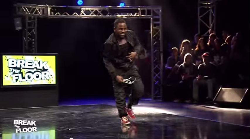 Le danseur hip hop B boy Junior et smart   Break the Floor 2013   YouTube2
