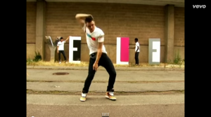 Yelle   A Cause Des Garcons   YouTube2